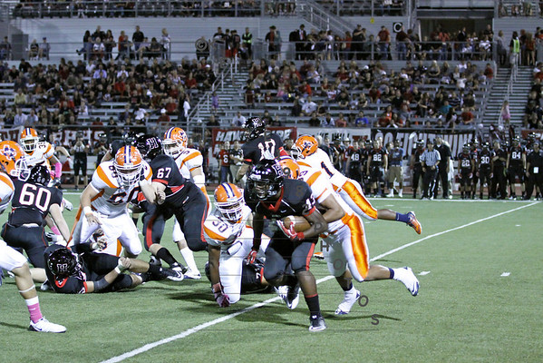MNHS V FB held to 7 by Rockwall Heath